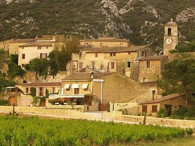 Maubec photo infos population plan maubec carte for Code postal vaucluse