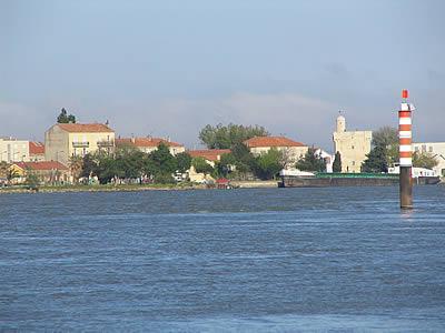Port saint louis du rh ne photo infos population plan - Port de bouc code postal ...