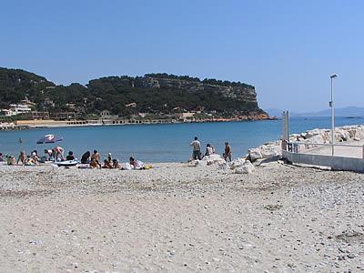 Plage à carry le rouet sur la côte bleue, photo de la provence