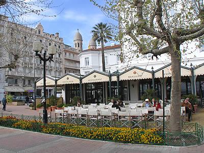 Restaurant saint raphael promenade de la lib ration saint raph - Restaurant la table st raphael ...